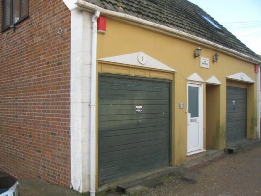 1 The Coach House, Hartfield Lane, Eastbourne - Now Let